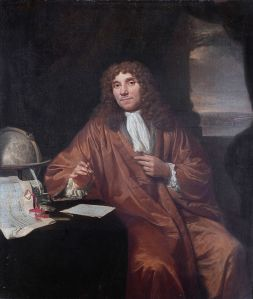 Portrait of Anthonie van Leeuwenhoek (1632-1723). Quelle: Jan Verkolje (I) [Public domain], via Wikimedia Commons